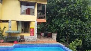 Cangrejal River Hotels