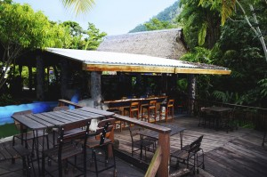 Cangrejal River Restaurants
