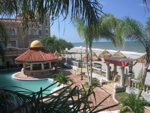 beachfront la ceiba hotels