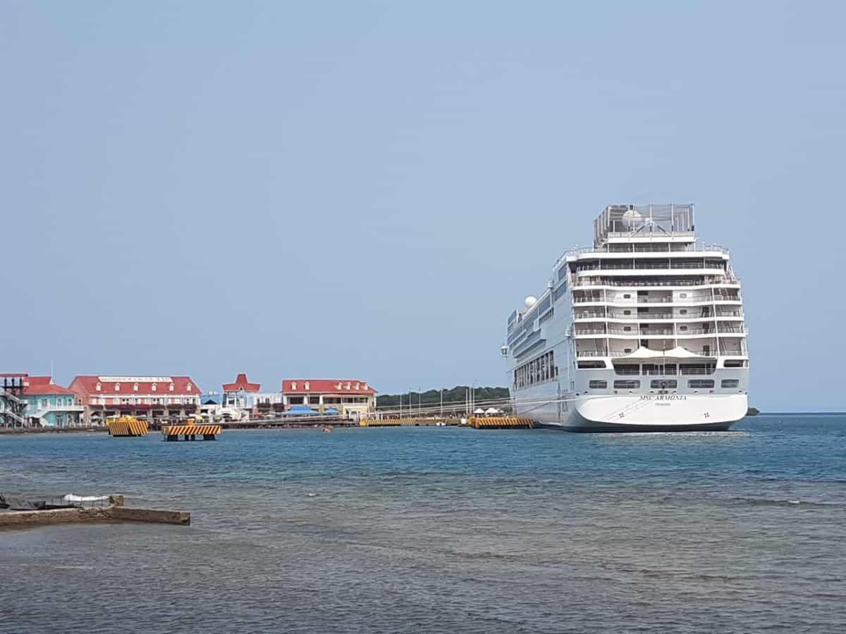 MSC Armonia Cruise Ship collides
